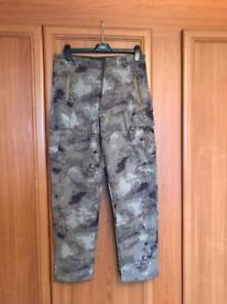 """Softshell waterproof/warm camo trousers 30"""" and 32"""""""