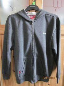 Brand new Slazenger Full Zipped Hoody Junior (Age 13 yrs/158cm)