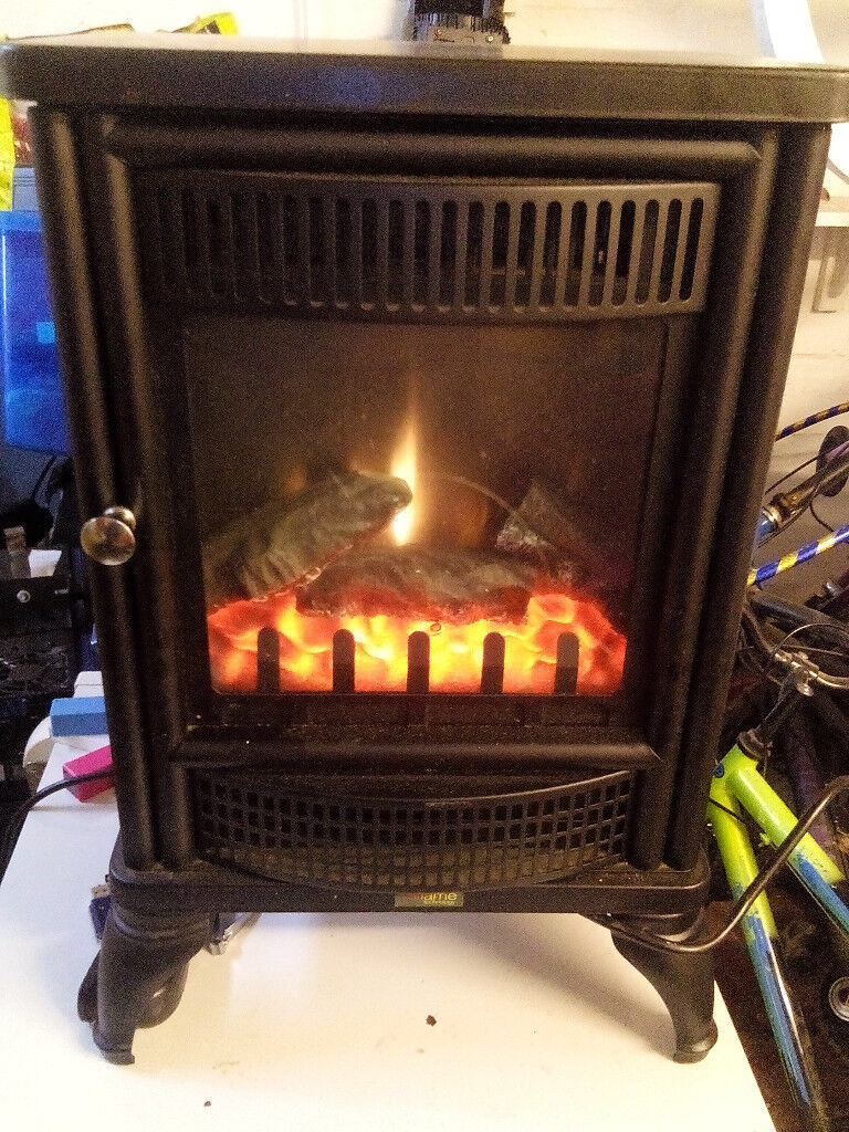 biflame log effect electric fire in excelent only £50 for quick sale