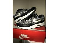 Exclusive Airmax A1