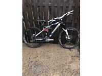 Full suspension mountain bike. Rockshox. DT Swiss. Corratec.