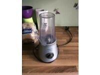 KENWOOD Smoothie 2GO blender mixer used in mint condition