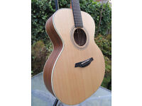 Furch S-21 SW Guitar - Mint Condition - Solid Spruce/Solid Walnut - with Furch Deluxe Gig Bag