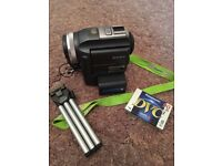 OFFERS WELCOME - Sony handy cam