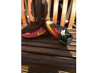 Astroturf football boots size 6
