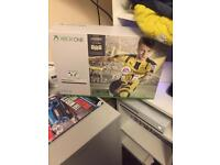 Xbox One S 1tb plus 2 Controllers
