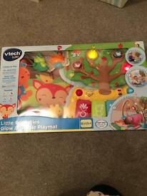 Vtech baby glow and giggle play mat