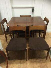 Mid century extending table & 6 chairs