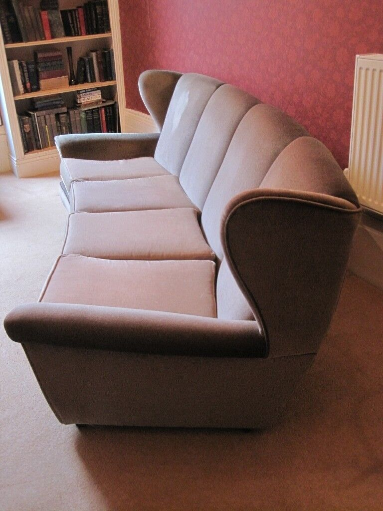 Strange Vintage Retro 60S 70S Fantastic 4 Seater Curved Deep Sofa Settee Couch Seat Ideal For Upcycling In Sunderland Tyne And Wear Gumtree Unemploymentrelief Wooden Chair Designs For Living Room Unemploymentrelieforg