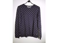 H&M Polka dotted navy blue jumper