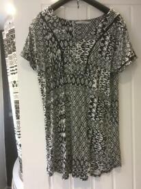 Ladies top/tunic size 12