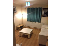 Stunning Studio Flat In Chadwell Heath RM6 To Rent Now! Close To Amenities - All Bills Inclussive