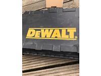 Dewalt DE0246 battery and case no drill