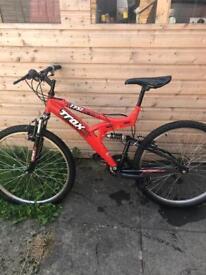 Adult mountain bike (trax)