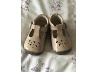Clark's baby shoes size 3.5