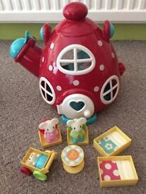 Happy land bundle castle teapot tearoom aeroplane farm diggers people & happyland table