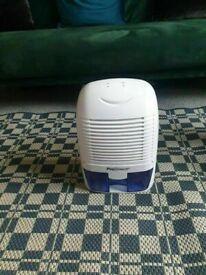 Pro Breeze 1500ml Mini Dehumidifier, High Efficiency Condensation Moisture Damp