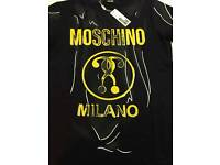 MENS MOSCHINO T-SHIRTS - BLACK & GOLD - HIGH QUALITY - SALE - WOW - AMAZING