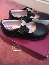 Lellie Kelly school shoes
