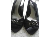 Ladies Black Suede Size 7 Shoes