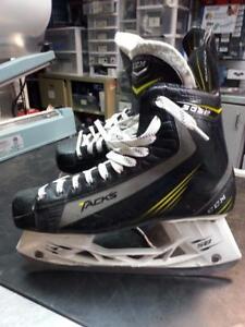 CCM 5052 Hockey Skates. (#46857)