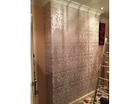 £50 PER FEATURE WALLPAPER FITTING (WALLS'R'US) WALLPAPER SPECIALISTS. CALL/TEXT ANYTIME.