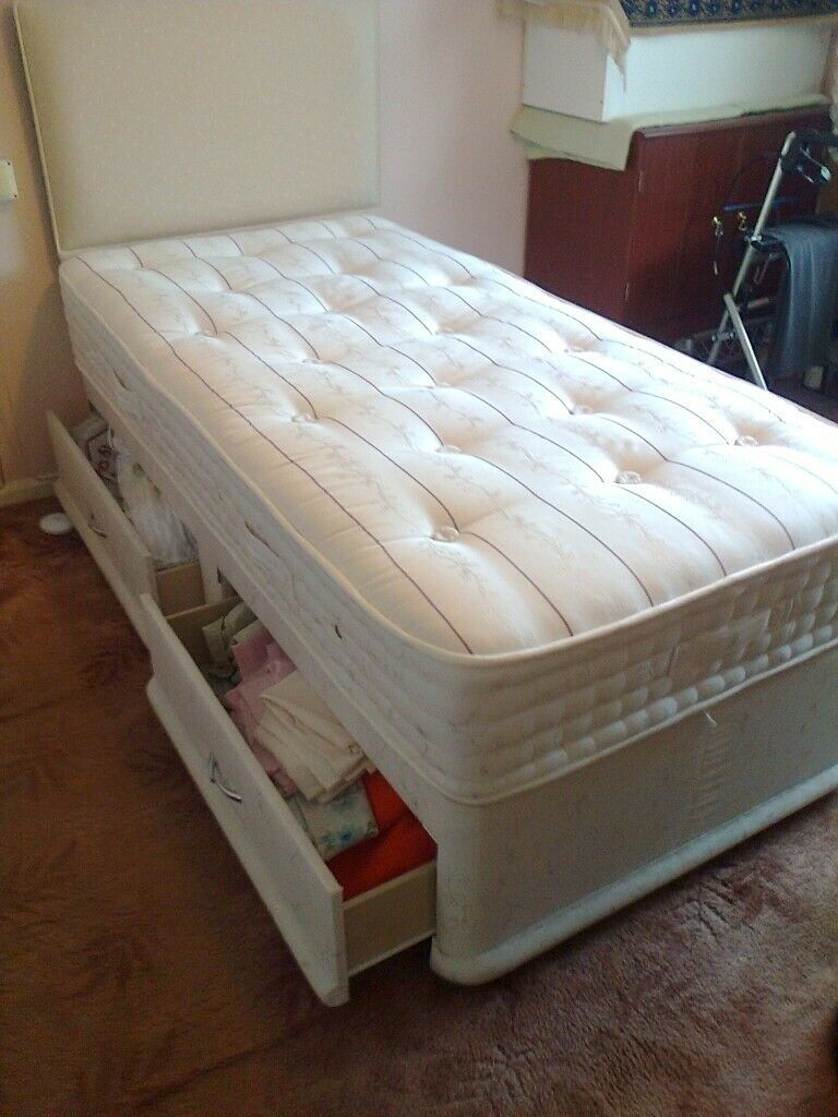 Picture of: Single Divan Bed With 2 Drawers Mattress And Headboard In Huntingdon Cambridgeshire Gumtree