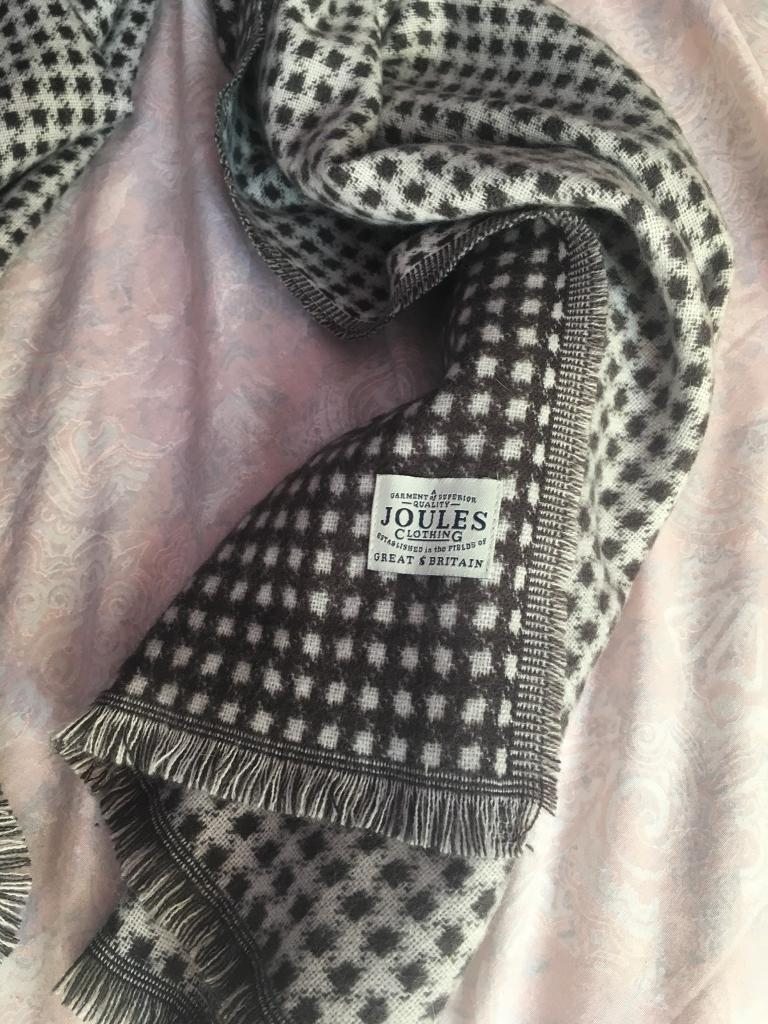 Joules soft grey black scarf