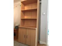 Shelving unit in wood effect. 3 external shelves plus 2 shelf cupboard.