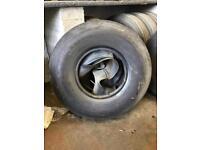 8.25 R15 pneumatic tyres