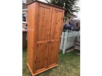 Solid pine double wardrobe vgc ( can deliver )