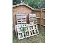Good quality wood pallets. Ideal for moving, furniture, fences, or burning