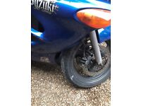 Suzuki GSX 750F Motorcycle for sale after an accident