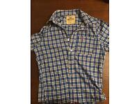 Smart Hollister Shirt in Size Small