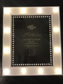 HOLLYWOOD STYLE PHOTO FRAME