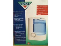 Brand New Vicks Warm Mist Humidifier