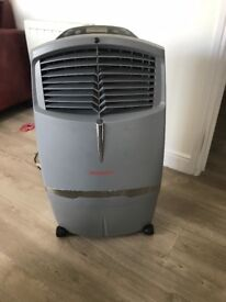 Honeywell Evaporative Air Cooler and fan