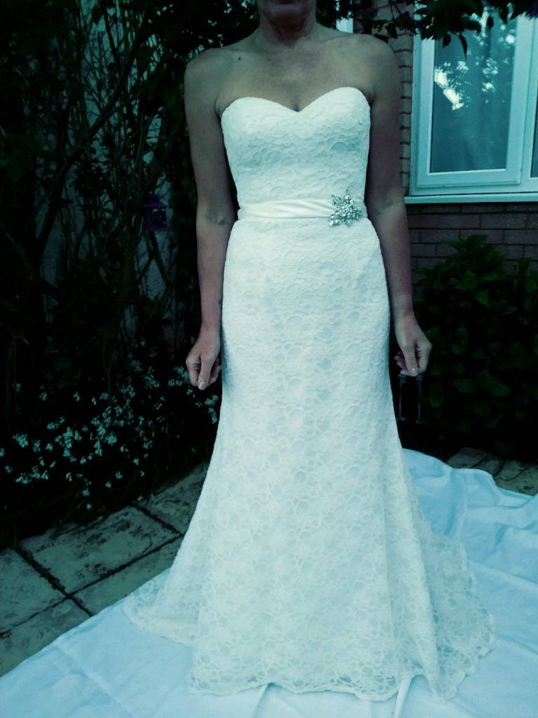 Ivory lace mermaid style wedding dress 10/12 | in Torquay, Devon ...
