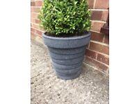 Outdoor plastic plant pot