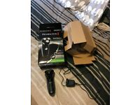 Mens Remington electric shaver used once