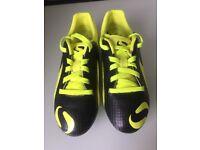Boys size 13 Sondico Football Boots