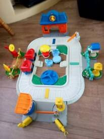 little people train track