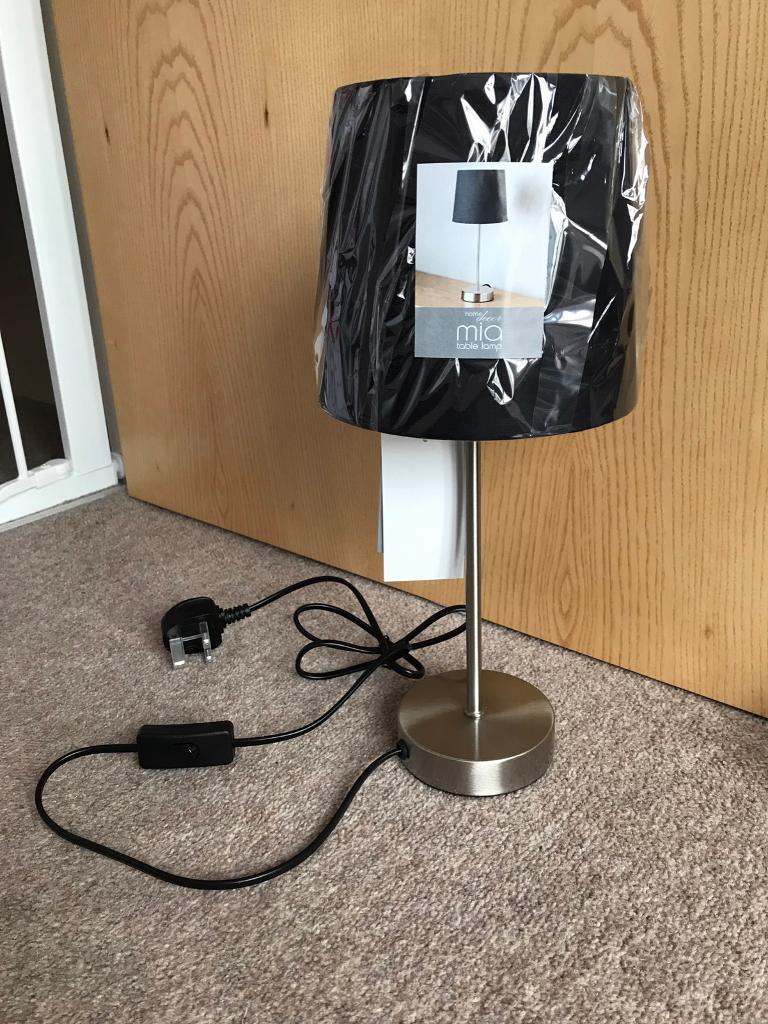BRAND NEW BLACK MIA TABLE LAMP