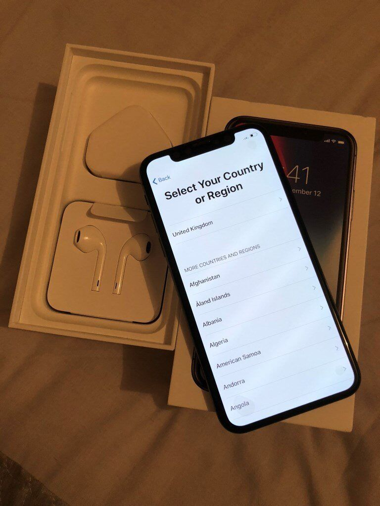 Iphone X 64 GB - Unlocked to all networks