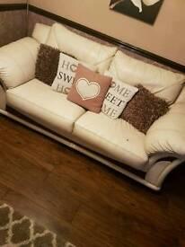 3 & 2 Cream Leather Seater Setee Set
