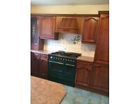 Kitchen in a good condition looks like new
