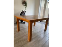 FREE SOLID OAK 6 SEATER DINING ROOM TABLE
