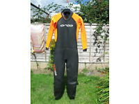 Orca men's Openwater wetsuit size 8 (used only once) 100% Neoprene