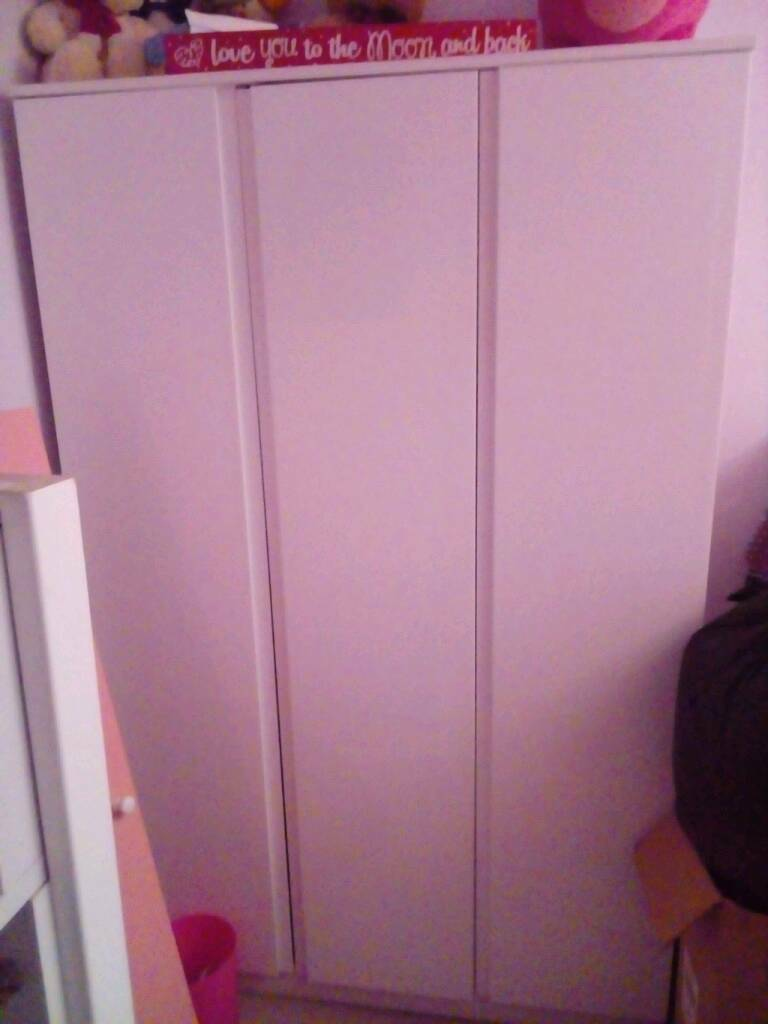 White gloss wardrobe