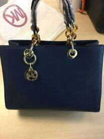 Michael Kors Women's leather Shoulder Bag (Blue) New & Not used / Forest gate E7